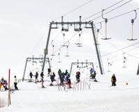 Ski lesson for children, Hintertux Glacier, Austri stock images
