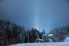 Ski-lift, alla notte Immagine Stock Libera da Diritti
