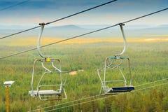 Ski Lift Chairs vazio Imagem de Stock Royalty Free