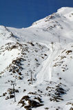 Ski lift to the top of Mount Ruapehu ski field Stock Photo