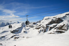 Ski lifts and ski slope Royalty Free Stock Photography