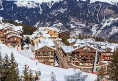 Ski Resort Courchevel 1850 M i vintertid Arkivfoton