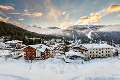 Ski Resort van Madonna di Campiglio in de Ochtend, Italiaanse Alpen royalty-vrije stock afbeelding