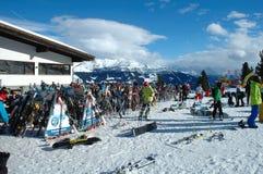 Ski and skiers Royalty Free Stock Photos