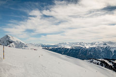 Ski slope. On a bright sunny day Royalty Free Stock Photos