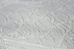 Ski Slope con las curvas frescas foto de archivo libre de regalías