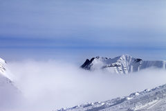 Ski slope in fog Royalty Free Stock Photos