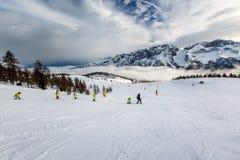 Ski Slope nahe Madonna di Campiglio Ski Resort, italienische Alpen Stockfotografie