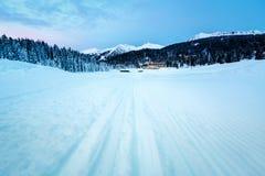 Ski Slope nahe Madonna di Campiglio Ski Resort morgens Lizenzfreies Stockfoto