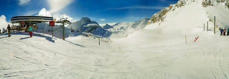 Ski Slope Panorama Foto de Stock Royalty Free