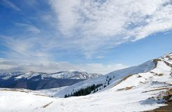 Ski springt in Azuga, Rumänien lizenzfreies stockfoto