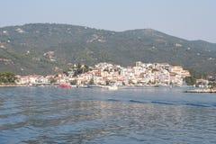 Skiathos城镇 免版税图库摄影
