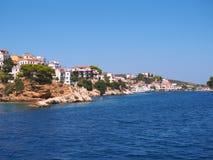 Skiathos, Egeïsch Grieks Eiland, Blauwe Overzees en Hemel royalty-vrije stock foto
