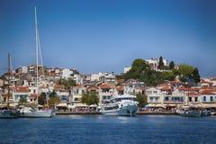 Skiathos, Grèce - 17 août 2017 : Vue panoramique au-dessus du port Image libre de droits