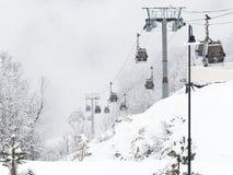 Skiaufzug Gorki-Stadt in Sochi Stockfotos