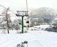 Skiaufzug im Skigebiet über Lattea, Italien Lizenzfreie Stockfotos
