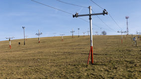 Skiaufzug ohne Schnee Stockbilder