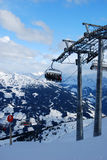 Skiaufzugrücksortierung Österreich Stockfotos
