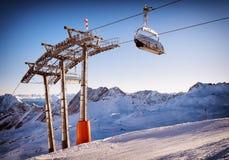 Skiaufzugstuhl Stockfoto