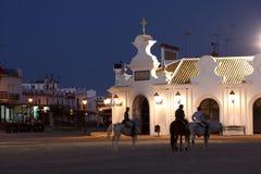 Skicklig ryttare i El Rocio, Spanien Royaltyfri Bild