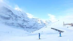 Skida på Kleine Scheidegg, Jungfrau, Schweiz Arkivbilder