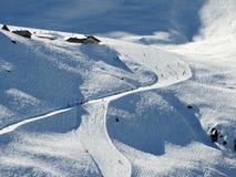 Skidar pisten skidar in område Hoch Zillertal, Österrike, Tirol Royaltyfria Foton