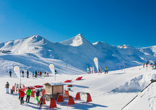 Skidar semesterorten Livigno italy Royaltyfri Fotografi