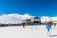 Skidar semesterorten Livigno italy Royaltyfria Bilder