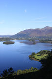 Skiddaw y Derwentwater de la opinión de la sorpresa, Cumbria Foto de archivo