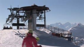 Skidlift i Österrike arkivfilmer
