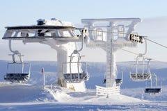 Skidlift som räknas i snow Arkivbild