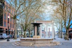 Skidmore springbrunn, som är en historisk springbrunn i den gamla staden Dist Royaltyfria Bilder