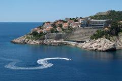 Skieur d'avion à réaction dans Dubrovnik Images stock