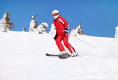 Skieur féminin   Photo libre de droits