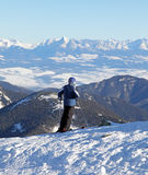 Skieur sur la colline Chopok, Slovaquie Photo stock