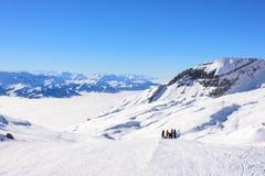 Skifahren der großen Höhe Lizenzfreie Stockfotografie