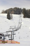 Skifahrenbereich in Soell (Österreich) - Skiaufzug Lizenzfreie Stockfotos