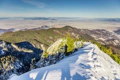 Skifahrenerholungsort bei Postavarul, Brasov, Siebenbürgen, Rumänien lizenzfreies stockfoto