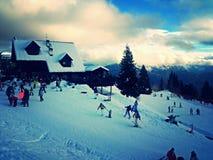 Skifahrenfeiertage Lizenzfreie Stockfotos