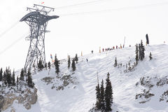 Skifahrenkonkurrenzanfang Stockfoto