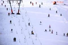 Skifahrenleute lizenzfreie stockbilder