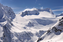 Skigebied op Rettenbach-Gletsjer, Solden, Oostenrijk Stock Foto's
