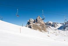 Skigebiet in den Dolomit-Alpen Stockbilder
