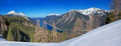 Skigebiet pertisau mit atemberaubender Ansicht zu See achensee Lizenzfreie Stockfotografie