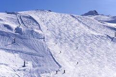 Skihelling op Hintertux-gletsjer Royalty-vrije Stock Afbeeldingen