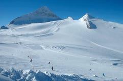 Skihellingen op Hintertux-gletsjer Stock Foto