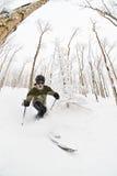 skiier的telemark 库存图片