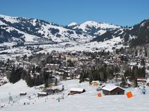 Skiing in Gstaad Royalty Free Stock Photography