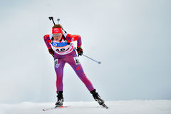 Skikonkurrent in IBU Youth& Junior World Championships Biathlon stockfoto