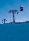 Skilift in achter-licht Stock Foto